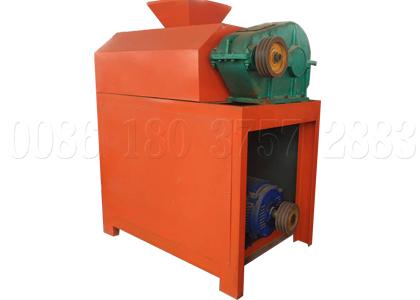 Small capacity roller press granulator