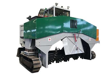 crawler type windrow turner for bio composting